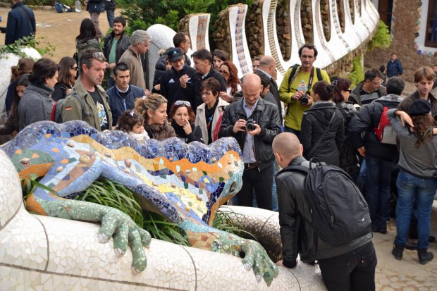 Park Guell dragon travel blog Barcalona