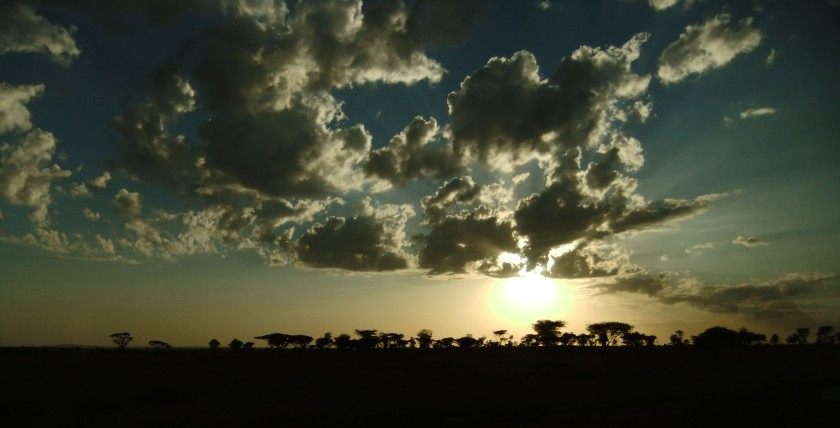 Sunset Tanzania Serengeti blog reizen Afrika