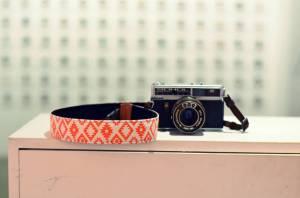 hippe-oranje-camera-draagriem
