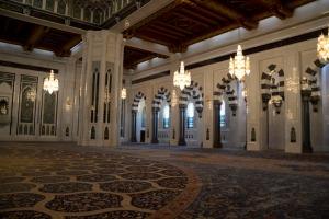 moskee interieur oman