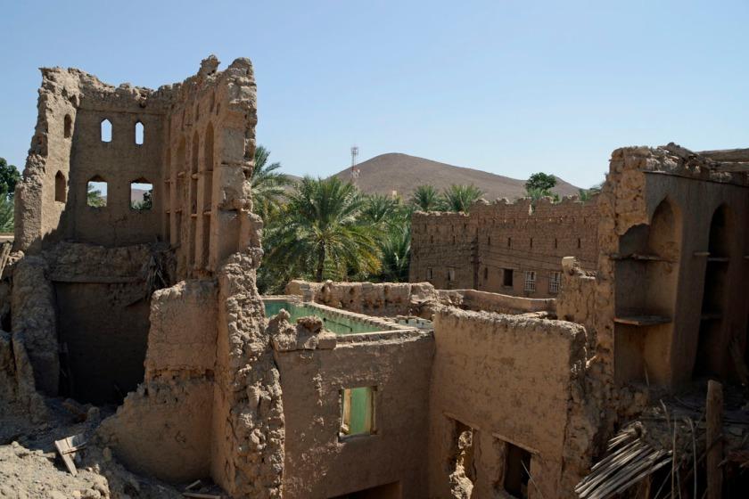 Verlaten deel van het dorp Birkat al Mouz in Oman
