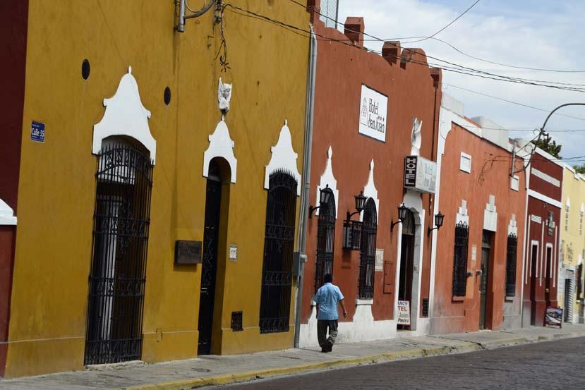 Kleurrijk straatje Merida Mexico Yucatan schiereiland