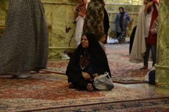 vrouw in de shrine van Shiraz, Iran