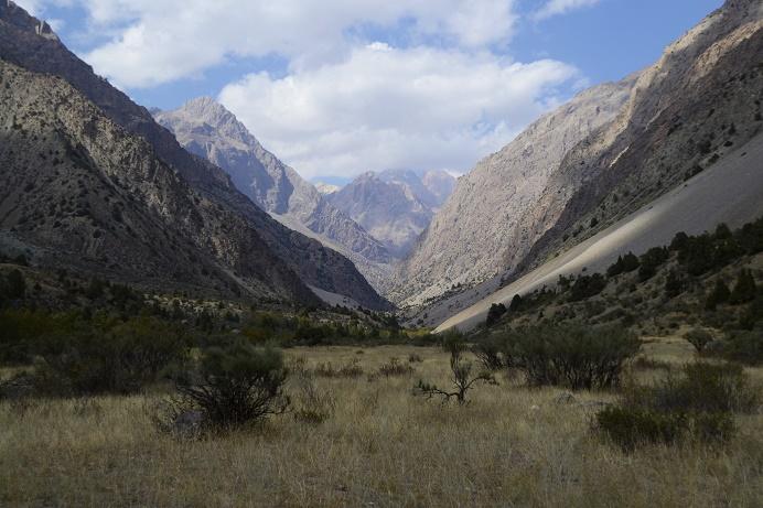 fan-mountains-hiking-tajikistan