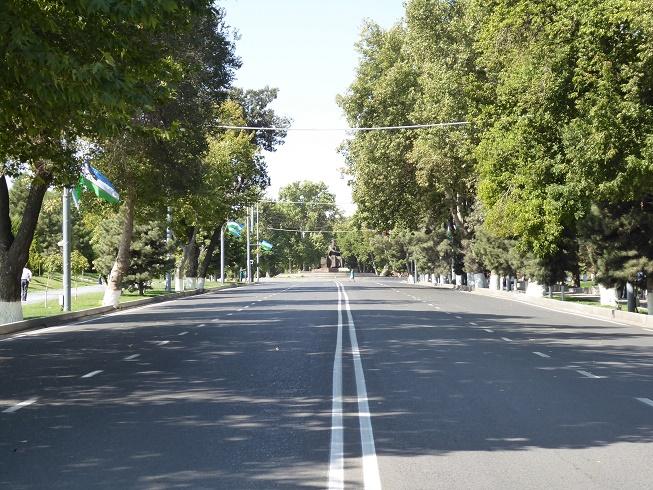 lege-straten-van-samarkand-oezbekistan