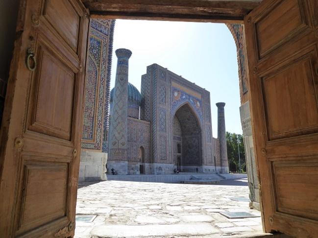 samarkand-registan-uzbekistan-travel-highlight