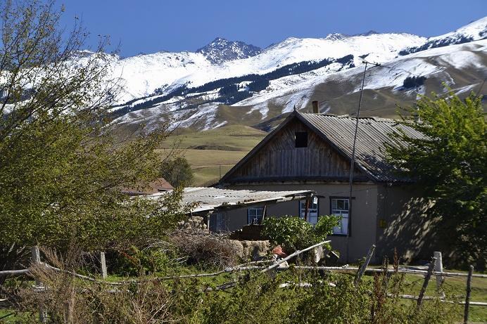 huis-in-chon-kemin-vallei-kirgizie